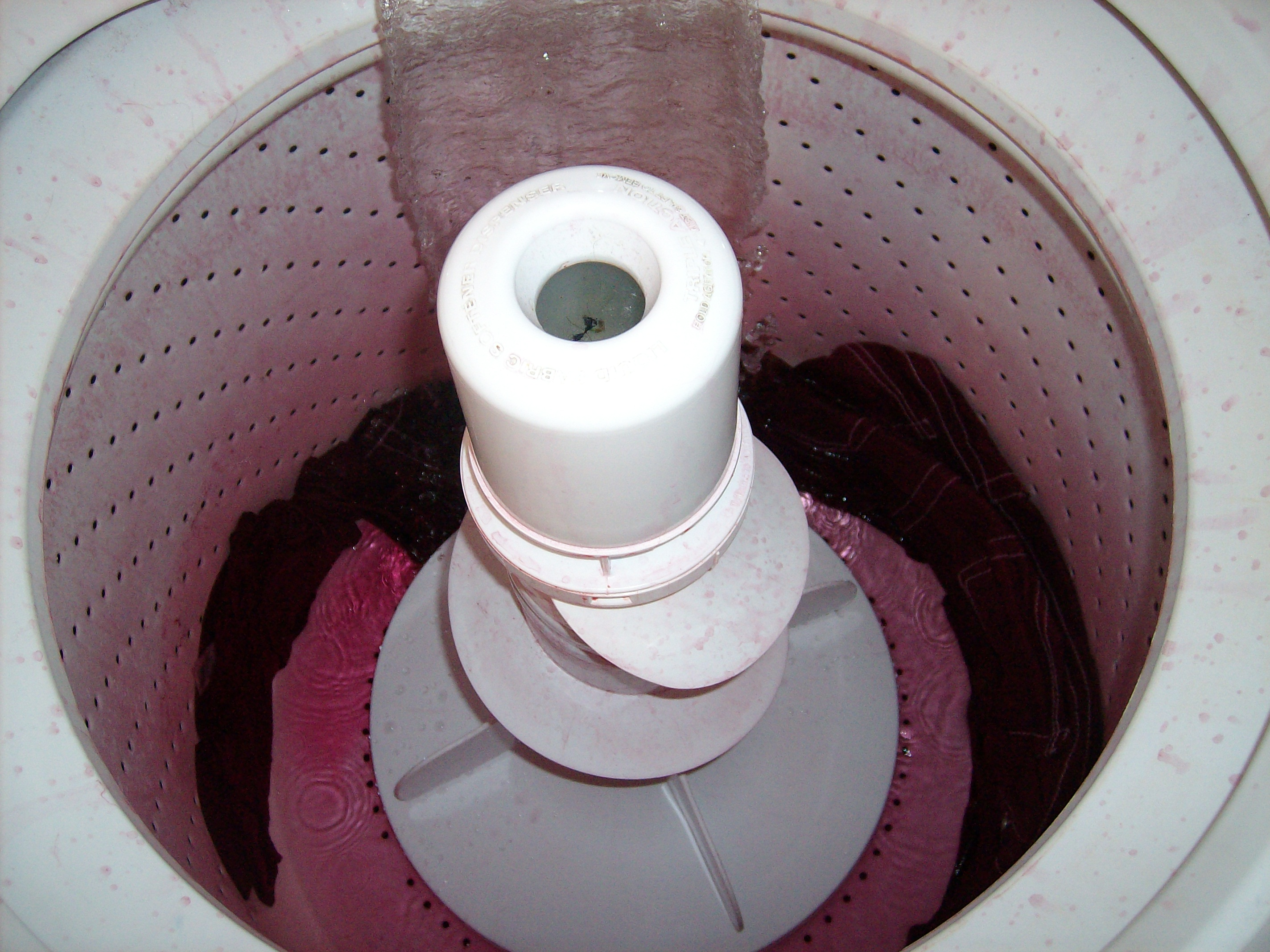 Day 18: Wine not? How to Dye White Jeans 5