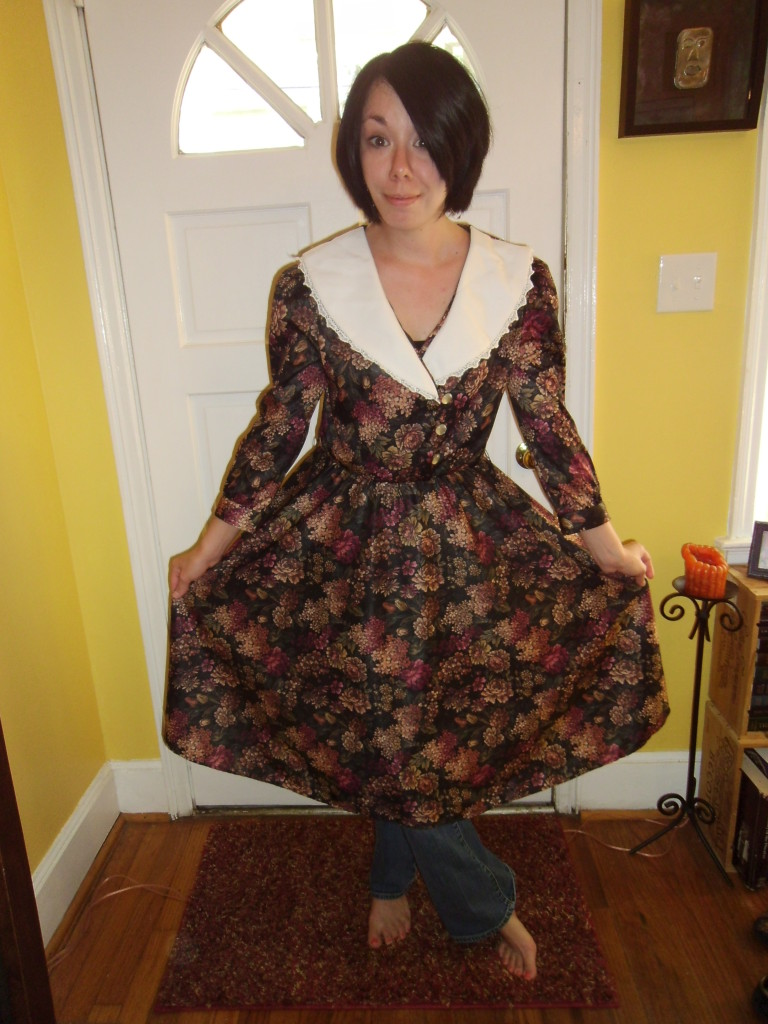 Day 95:  Apple Orchard Frumpy Collared Dress Refashion 2