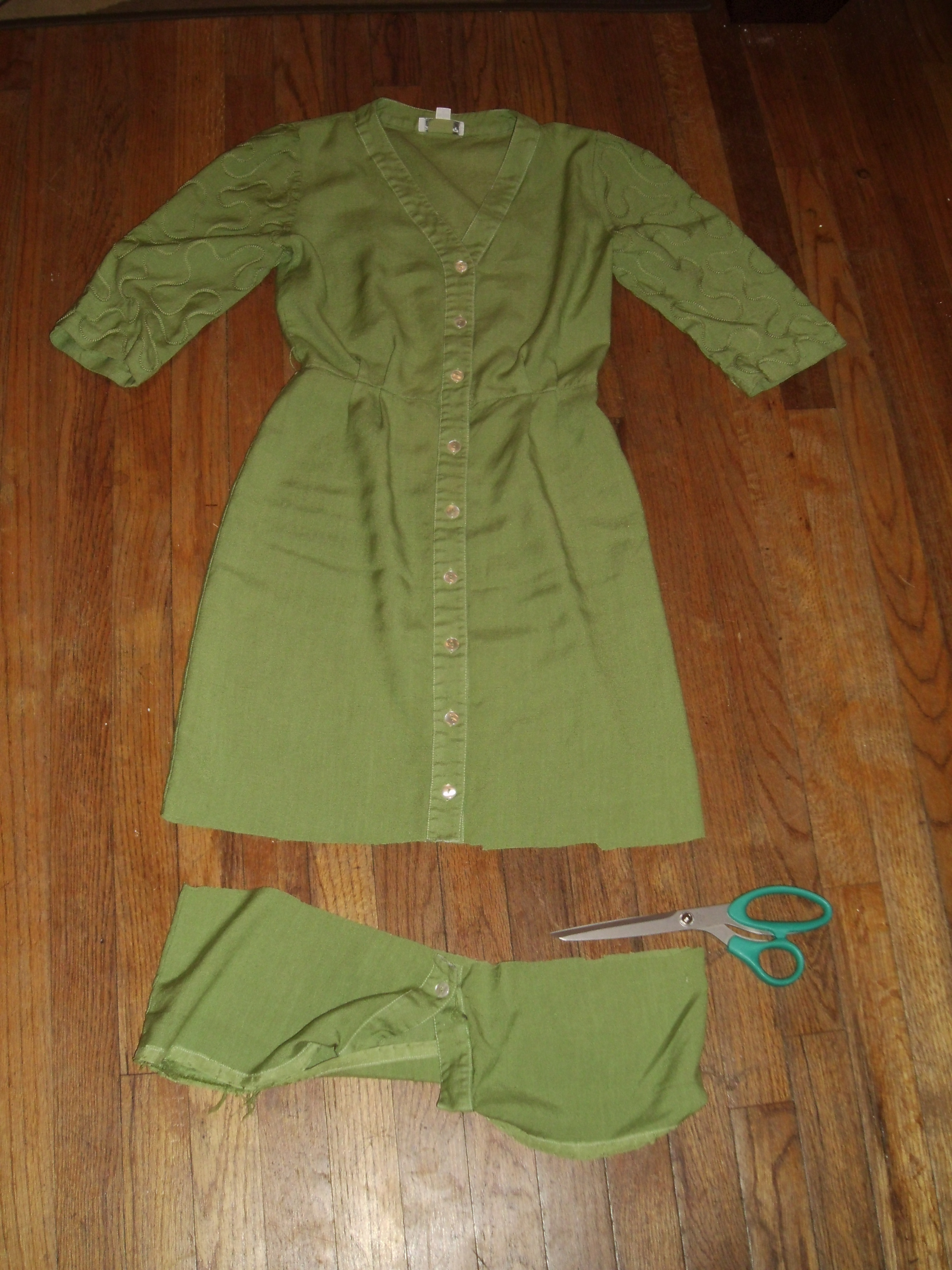 Day 176: How to Dye a White Dress Apple Green 4
