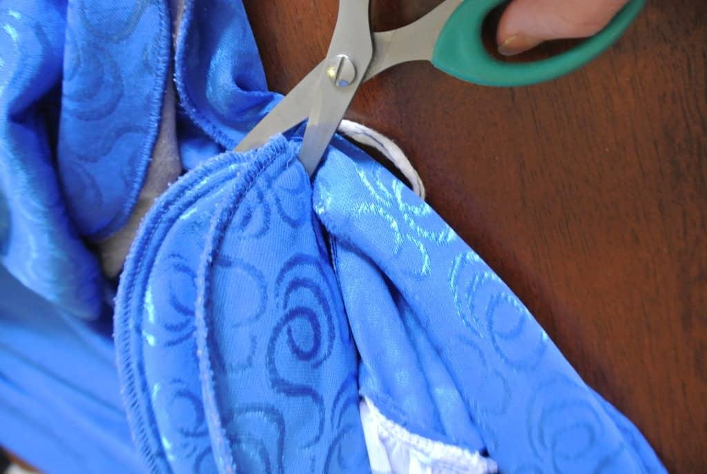 removing shoulder pads