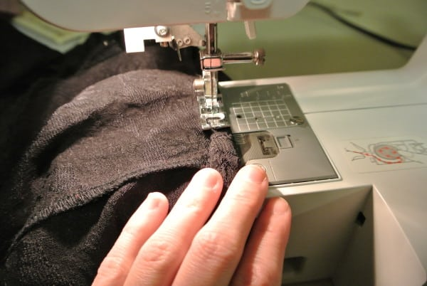 stitching armholes for refashion