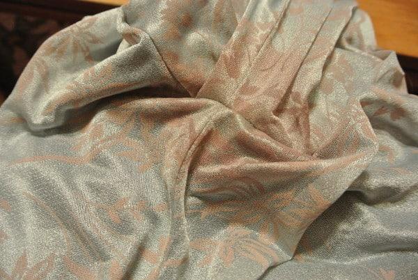 Eeeeeew!  Pit stains!  :(