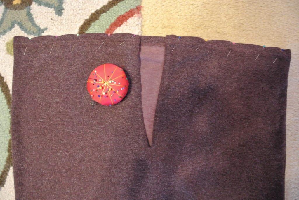 Pinned side slits