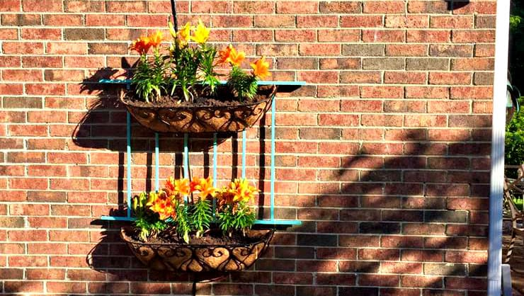 I Never Promised You a Wall Garden: An Easy DIY Tutorial 1