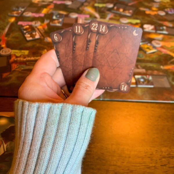 refashionista playing board game