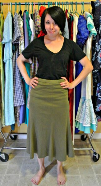 refashionista skirt to top refashion before