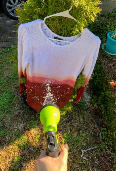 How to Dip Dye a Sweater (or any Fabric!) 3