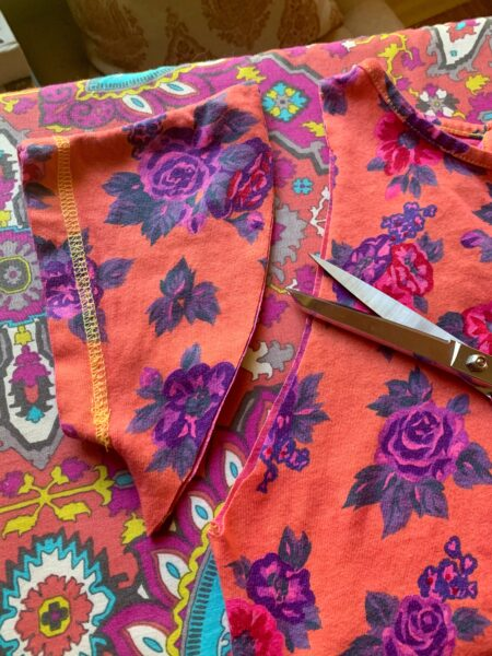 chopping of sleeve for refashion
