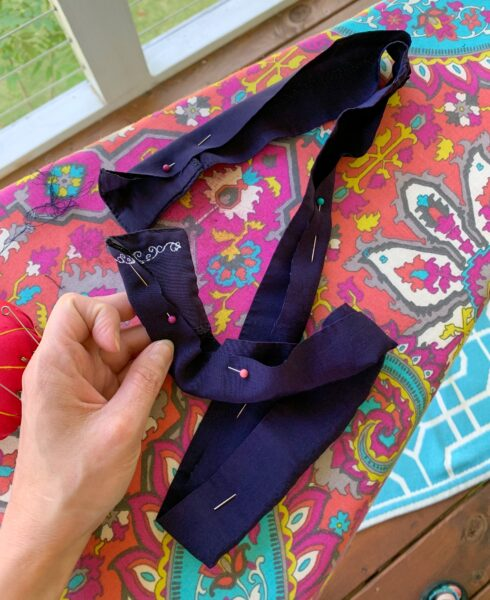 pinned sash