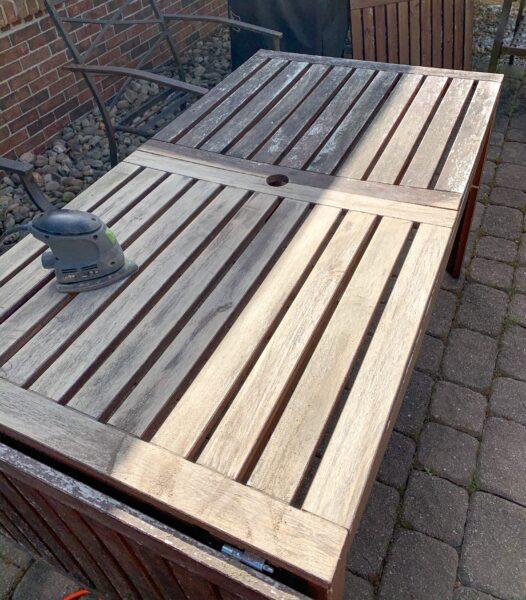 sanding outdoor furniture