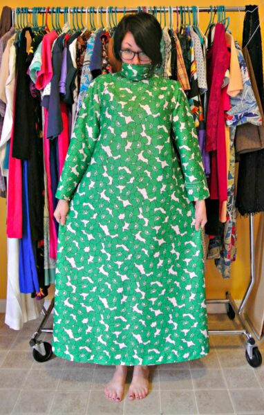 No-Sew '70s Housecoat to Dress Refashion Before