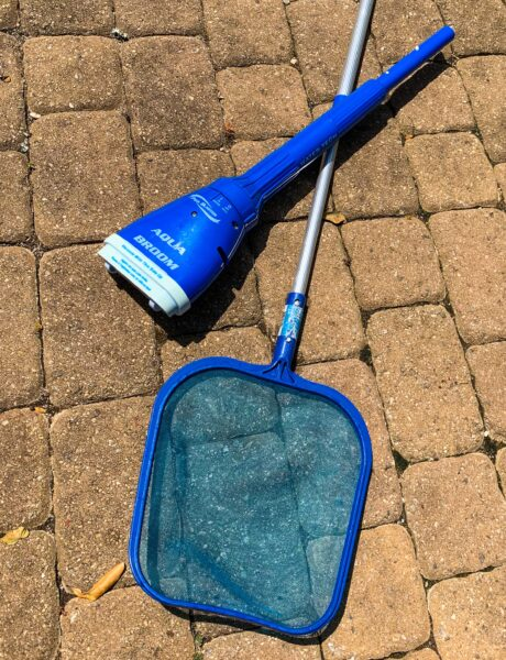 pool net and vacuum
