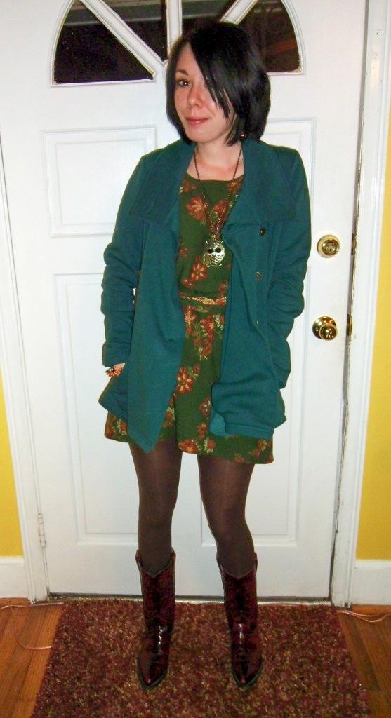 sleeveless dress after