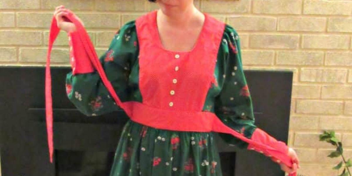 Vintage Christmas Dress Refashion featured image