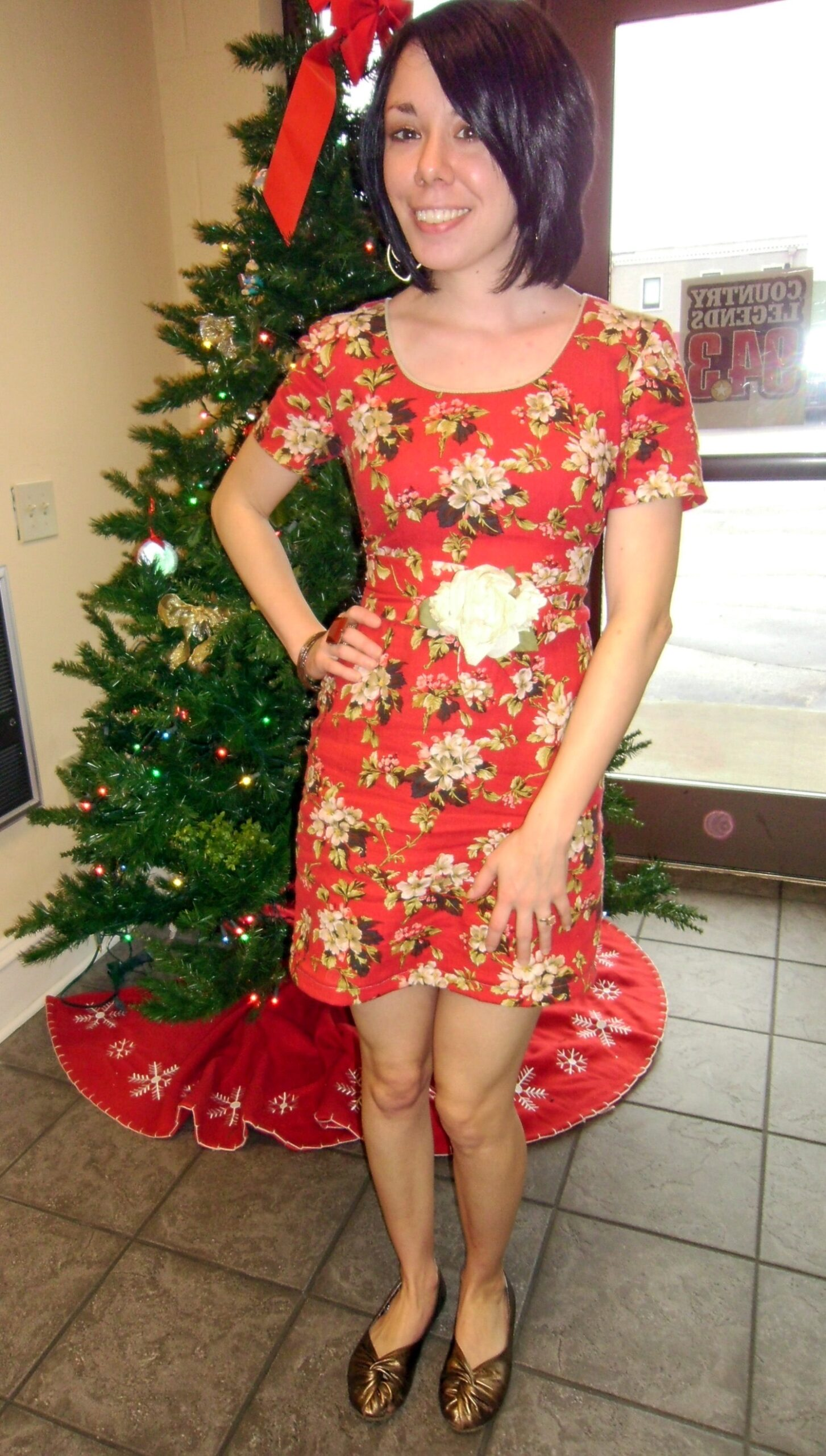 Christmas Luncheon Dress: Easy DIY Hem