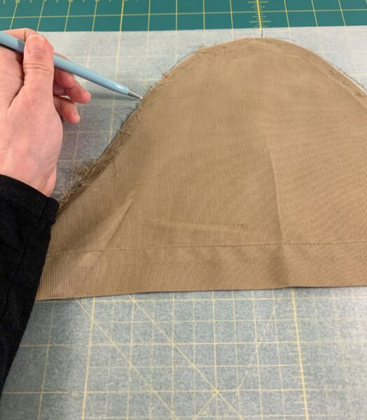 tracing shoulder part of sleeve onto pattern paper