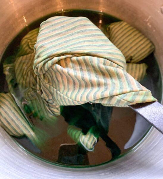 dyeing dress green