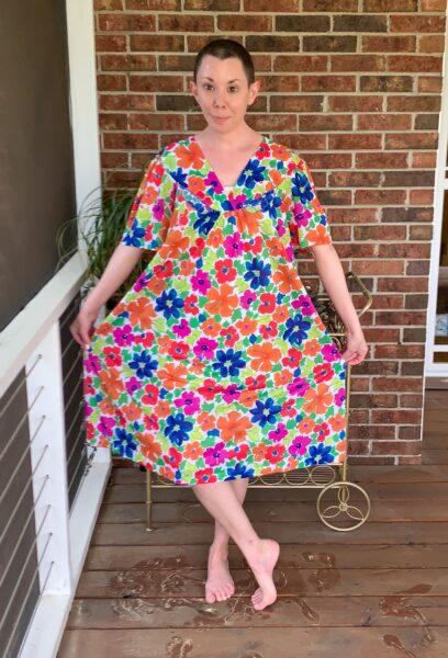 refashionista How to make a muumuu into a dress before