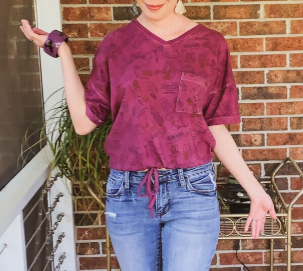 refashionista DIY Drawstring T-shirt from Nightgown after cropped view