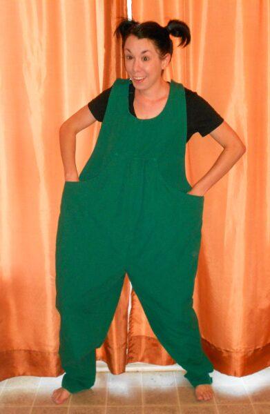 refashionista maternity overalls refashion before