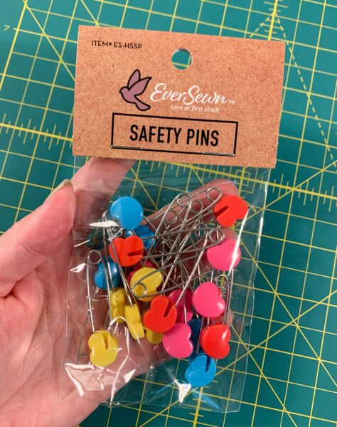 heart shaped safety pins